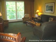 Island_Links_RCI_timeshare_living_room_golf_course_view.JPG