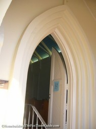 Lawrence_Chapel_gothic_archway_entrance.JPG
