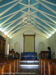 Lawrence_Chapel_sanctuary.JPG