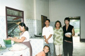 Sipaphay_and_family.jpg