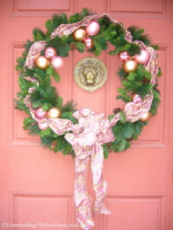 Tate_House_Christmas_wreath.JPG