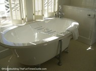 The_Willcox_Roosevelt_Suite_clawfoot_tub.JPG