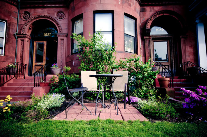 Simple Curb Appeal Ideas How To Create Curb Appeal When You Dont