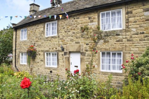 Here's what English Cottage style looks like