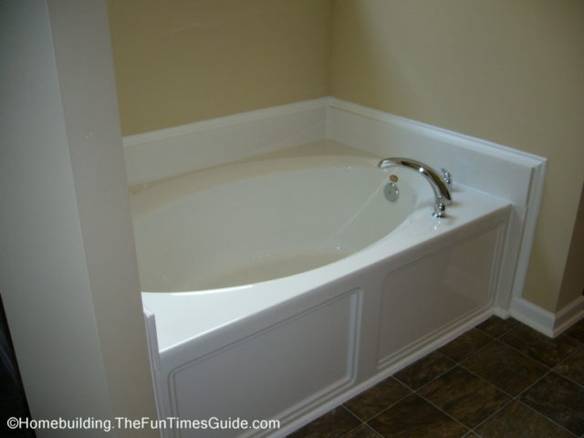 How To Make A Fiberglass Repair On Your Shower Or Bathtub | The  Homebuilding/Remodel Guide
