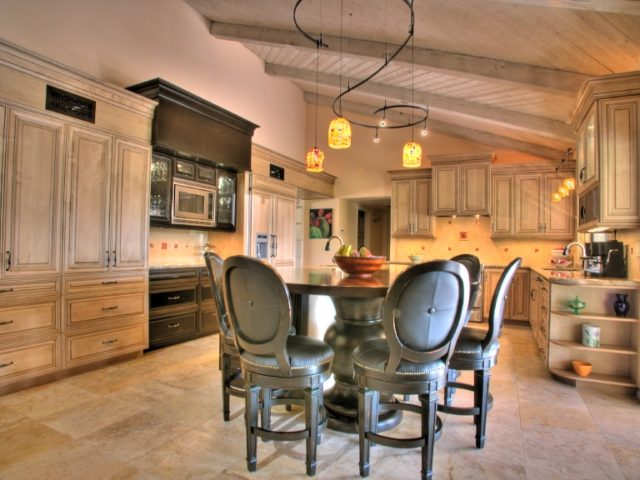 Kitchen Renovation Expert Suggests Using Flexible Track ...