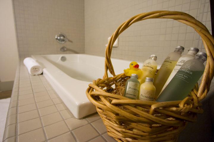Sprucing Up Your Guest Bathroom Try These 8 Easy Guest Bathroom Decorating Ideas The