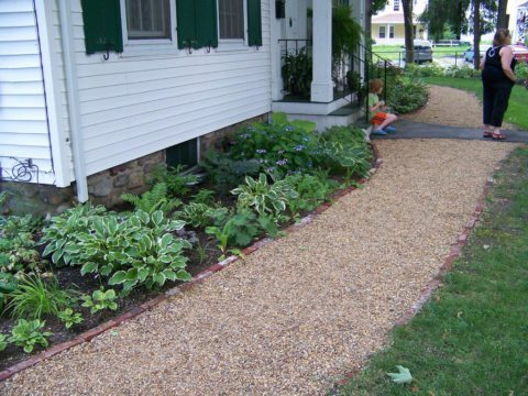 install-a-gravel-path