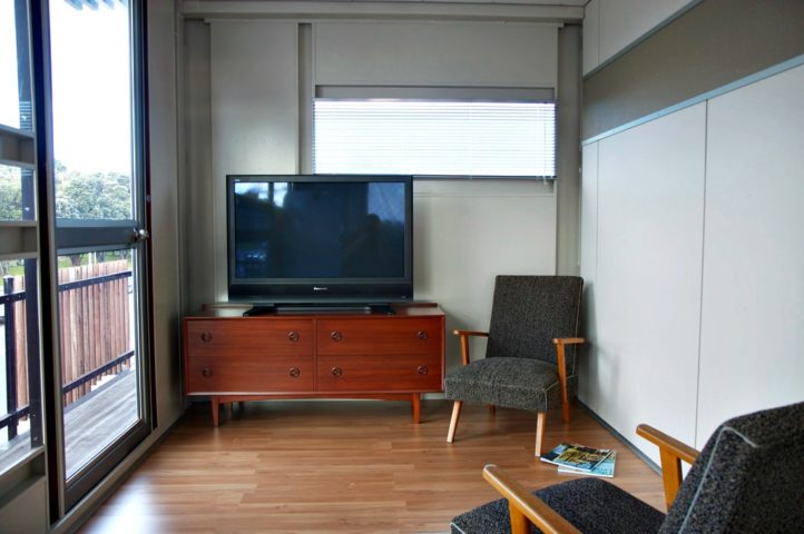 Tiny homes with character the pros cons of shipping container homes the homebuilding - Pros and cons of shipping container homes ...