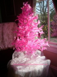 pink_feather_Christmas_tree.JPG