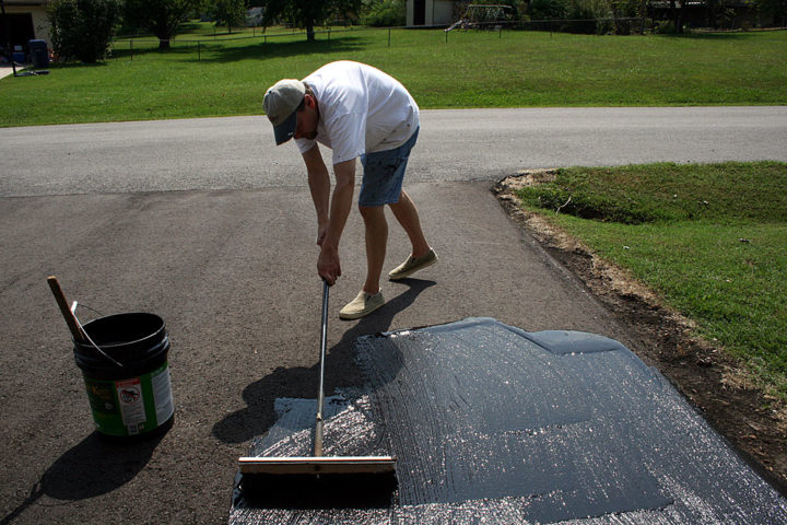 Curb appeal ideas 5 outdoor home improvement projects you can diy 2 seal the driveway solutioingenieria Choice Image