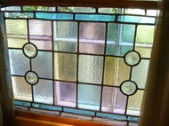 stained_glass_window_with_rondels.JPG
