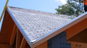 EcoStar Roofing Tiles: These Synthetic Slate Roof Tiles Earn LEED Credits