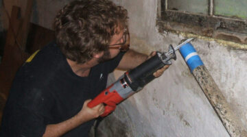 3 Ways To Cut Cast Iron Pipe For DIY Plumbing Repair Projects