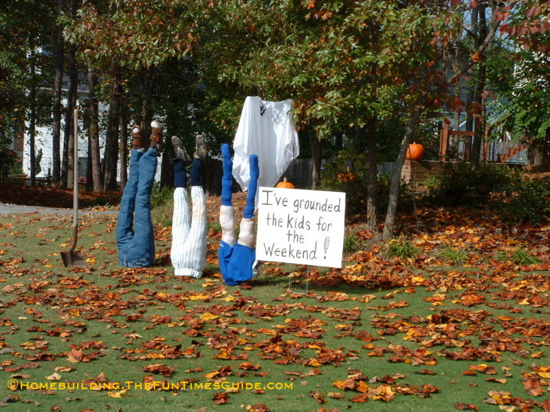 One of a kind halloween yard decoration ideas the for Fun garden decoration ideas