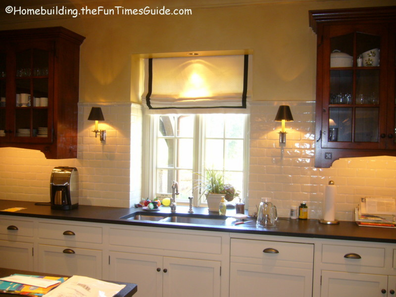 Wall Sconces In Kitchen : Wall Sconces Add Beauty, Functionality To Homes The Homebuilding/Remodel Guide