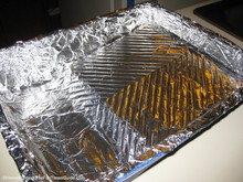 line-paint-tray-with-aluminum-foil.JPG