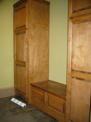 mudroom_with_bench_and_cabinets.JPG