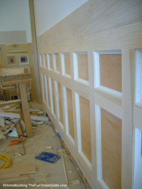 DIY Wainscoting Paneling Adds Value and Style To Your Home  : wainscoting paneling3 from homebuilding.thefuntimesguide.com size 600 x 800 jpeg 107kB